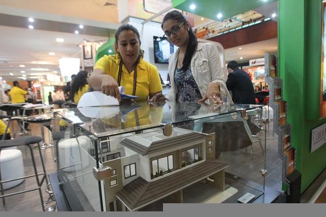La compra de vivienda es un paso importante en la vida de las familias. Debe elegir con cuidado su nuevo hogar. (Foto Prensa Libre: Hemeroteca PL)