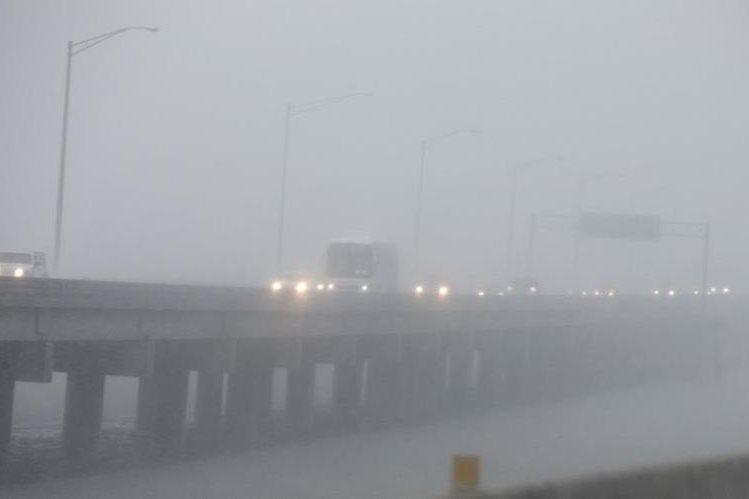 El huracán Nate, toca tierra en Mobile, Alabama, con categoría 1. (Foto Prensa Libre:AFP)
