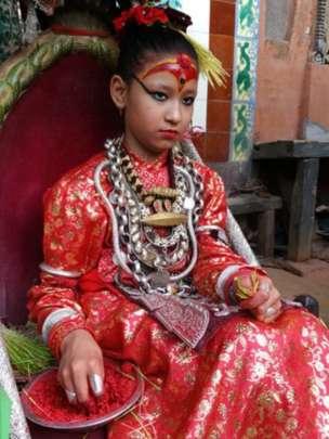 El reinado de la Kumari se acaba con su primera menstruación