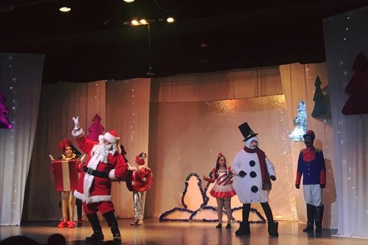 Santa Claus es el protagonista de la obra Una fantástica Navidad. (Foto Prensa Libre: Cortesía UP)