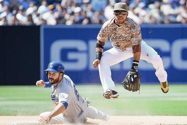 En un entretenido juego los Dodgers cayeron (Foto Prensa Libre: AFP)
