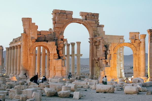 La ciudad histórica de Palmira está en riesgo por los ataques del EI. (Foto Prensa Libre: EFE).