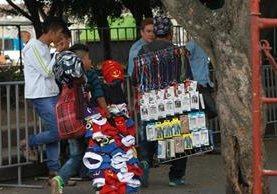 Datos del Ministerio de Trabajo precisan que el empleo informal creció en el último año en el país. (Foto Prensa Libre: Hemeroteca PL)
