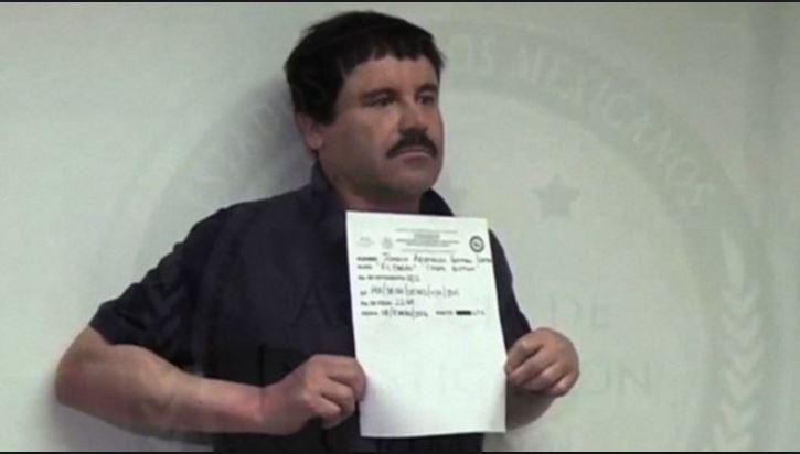 """El """"Chapo"""" Guzmán, cuando era fichado después de su segunda recaptura de enero pasado. (Foto Prensa Libre: Hemeroteca PL)."""