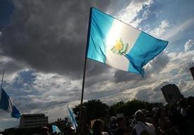 Guatemaltecos protestaron en una nueva jornada de protestas por la muerte de 39 niñas en el Hogar Seguro Virgen de la Asunción. (Foto Prensa Libre: Érick Avila)