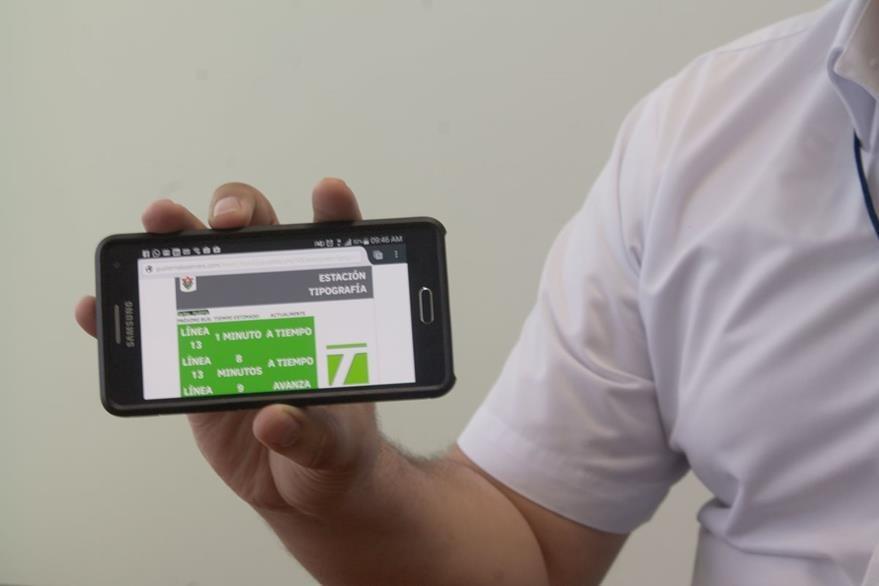 Aplicación Transmetro ayudará a los usuarios a ubicar estaciones de bus. (Foto Prensa Libre: Josué León)