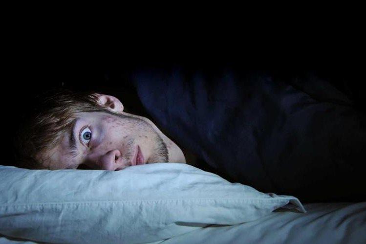 La falta de sueño podría tener influencia sobre la sensibilidad de las personas ante el dolor. (Foto Prensa Libre:HemerotecaPL)