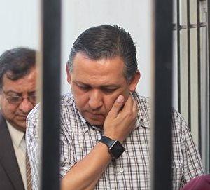 Gustavo Ascencio Mejicanos seguirá sujeto al proceso por la muerte del estudiante Alexánder Aldana Fuentes.(Foto Prensa Libre: Álvaro Interiano)