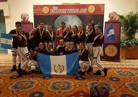 Bailarines de Upa Dance compiten en el concurso The Dance Worlds, en Florida, EE. UU. (Foto Prensa Libre, cortesía de Upa Dance)