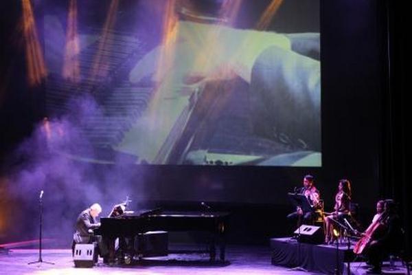 <p>Richard Clayderman se presentó la noche del miércoles en el Teatro Nacional</p>
