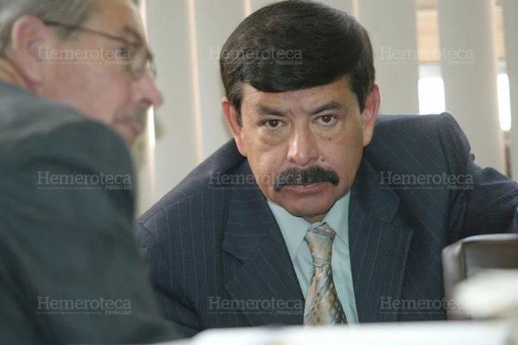 En abril de 2007, el Tribunal Quinto de Sentencia halló culpable a Marco Tulio Abadío por el desfalco de Q24 millones en la Superintendencia de Administración Tributaria. (Foto Prensa Libre: Hemeroteca PL)