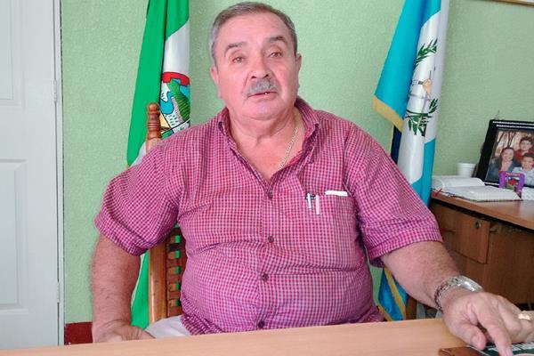 Abel Sandoval fue alcalde de Oratorio, Santa Rosa, durante el periodo 2008 a 2016. (Foto HemerotecaPL)