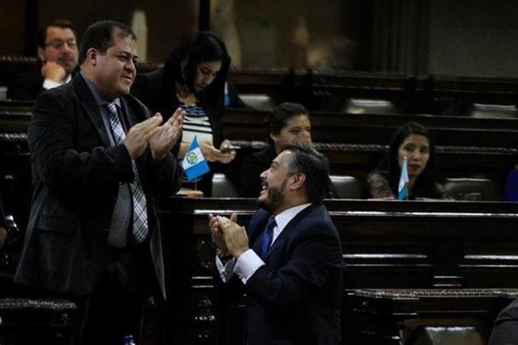 Detienen a diputado oficialista acusado por los asesinatos de dos periodistas — Guatemala