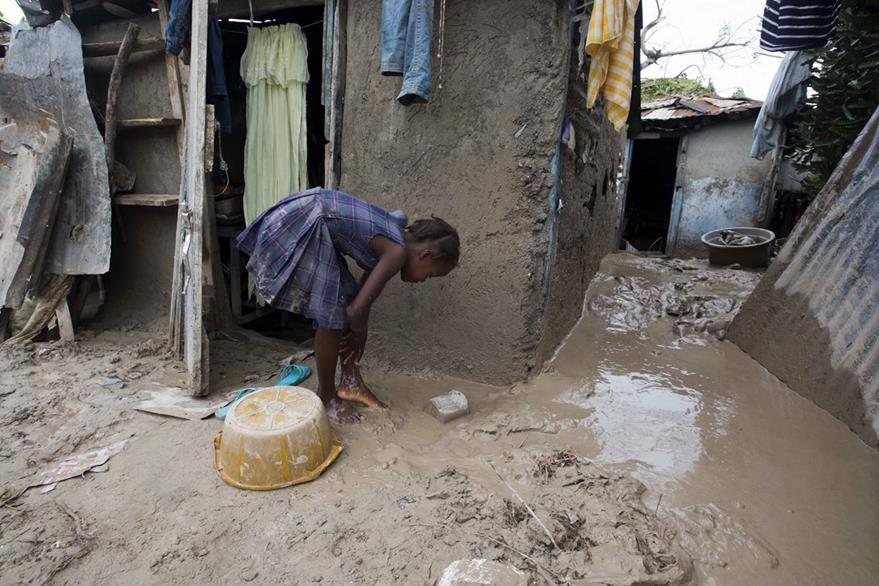 La ONU hace un llamado a centrar la atención en las niñas que habitan en las regiones más pobres del mundo. (Foto Prensa Libre: AP).