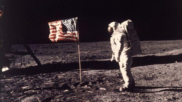 Volver a la Luna proporcionaría a la humanidad un sentido de cara al futuro. (Foto Prensa Libre: Neil A. Armstrong)