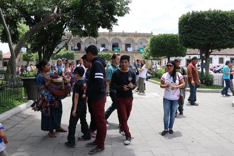Con el nuevo reglamento de emisión de sonidos en la Antigua Guatemala, se espera disminuir la contaminación auditiva. (Foto Hemeroteca PL)