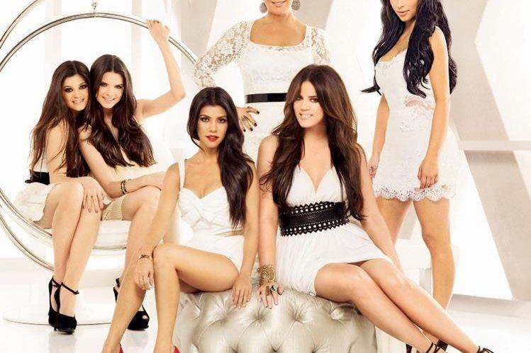 La familia Kardashian aprovecha la tecnología para aumentar su fama. (Foto Prensa Libre: nyppagesix.com)