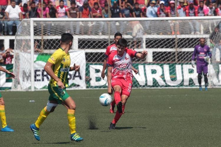 Malacateco está en semifinales luego de superar en la serie a Guastatoya. (Foto Prensa Libre: Norvin Mendoza)