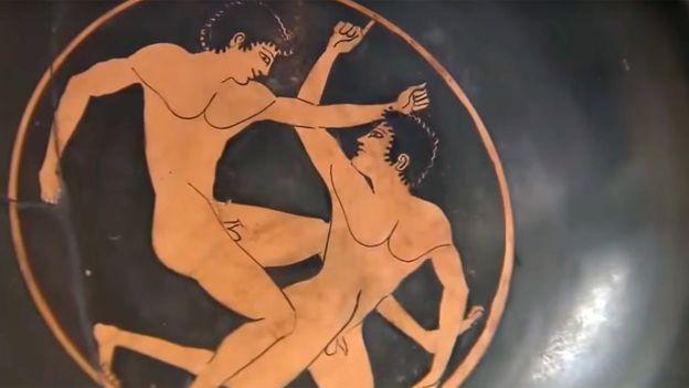 Llamaba la atención que los juegos que se celebraban en el istmo de Corinto cada dos años en honor a Poseidón aparecieran destacados.