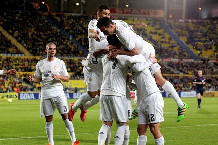 Al Real Madrid no le fue nada fácil conseguir el triunfo en Las Palmas. (Foto Prensa Libre: EFE)