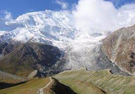 El deshielo en los glaciares del Himalaya avanza 15 metros por año.