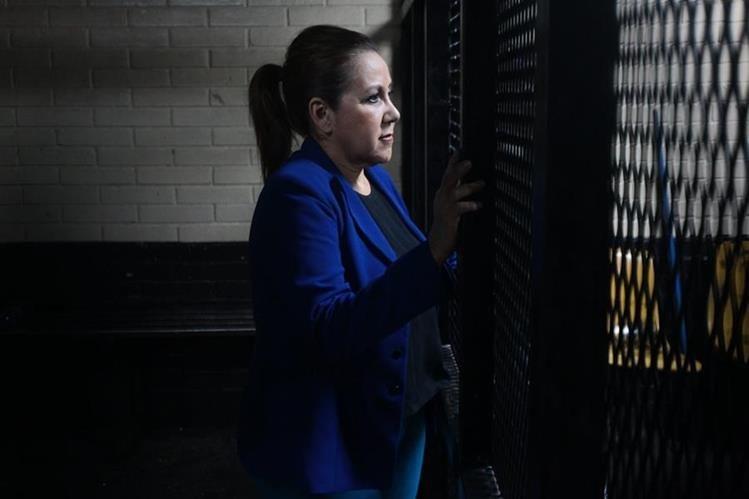 La magistrada de la Corte Suprema de Justicia, Blanda Stalling, no podrá salir de prisión porque el Ministerio Público fue amparado por la Cámara de Amparos y Antejuicios. (Foto Prensa Libre: Hemeroteca)