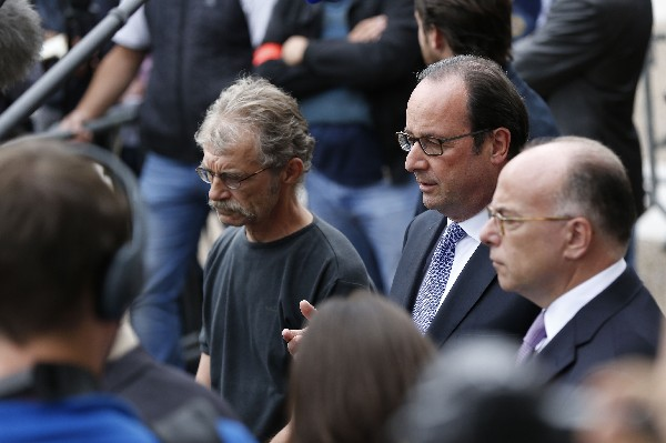 Francois Hollande, dice que los atacantes eran terroristas del EI.(AFP).