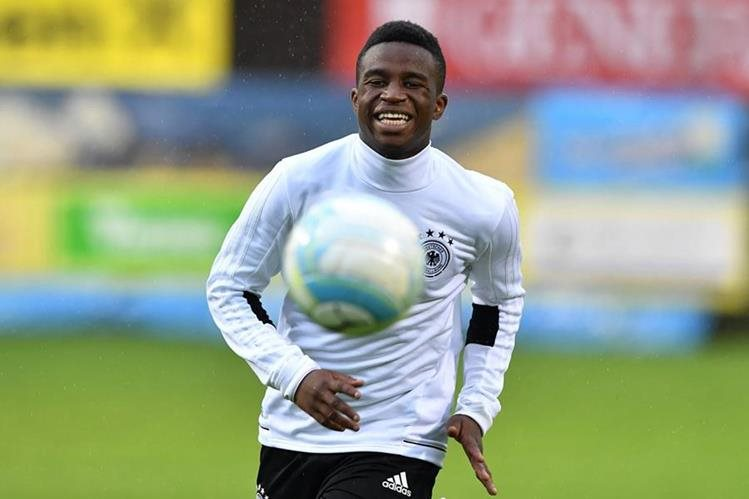 Youssoufa Moukoko disputó un juego amistoso con la selección alemana frente a Austria el pasado lunes. (Foto Prensa Libre: AFP)