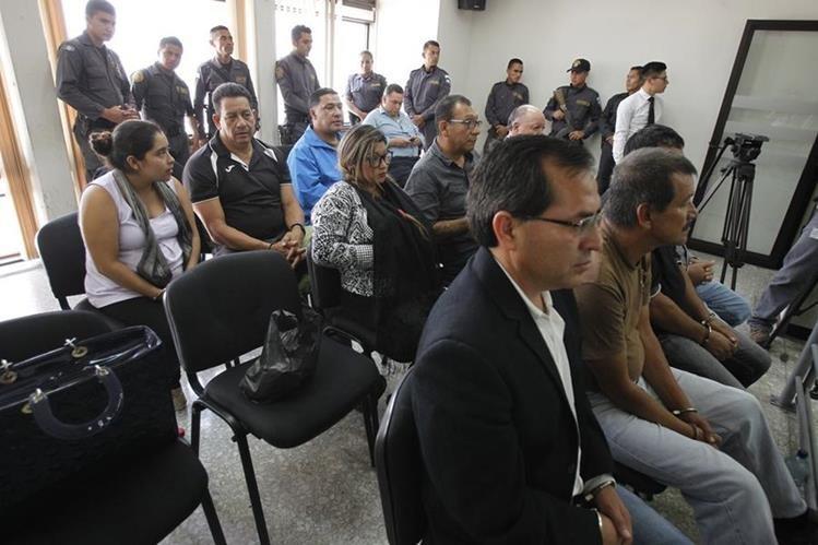 Personas serán procesadas por la compra de granos básicos de contrabando no aptos para consumo humano ni animal. (Foto Prensa Libre: Paulo Raquec)