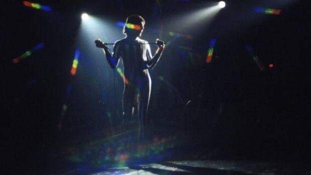 Freddie Mercury murió a los 45 años, justo un día después de anunciar públicamente que era VIH positivo. GETTY IMAGES