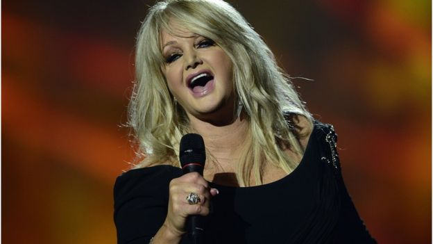 "Bonnie Tyler cantó su mega éxito ""Total eclipse of the heart"" durante el eclipse a bordo de un crucero (foto de archivo). AFP / GETTY IMAGES"