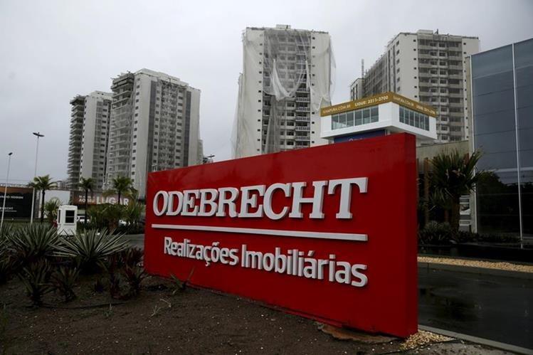 La constructora brasileña Odebrecht se encuentra implicada en otorgar sobornos a cobiernos de 12 países de America Latina. (AFP)