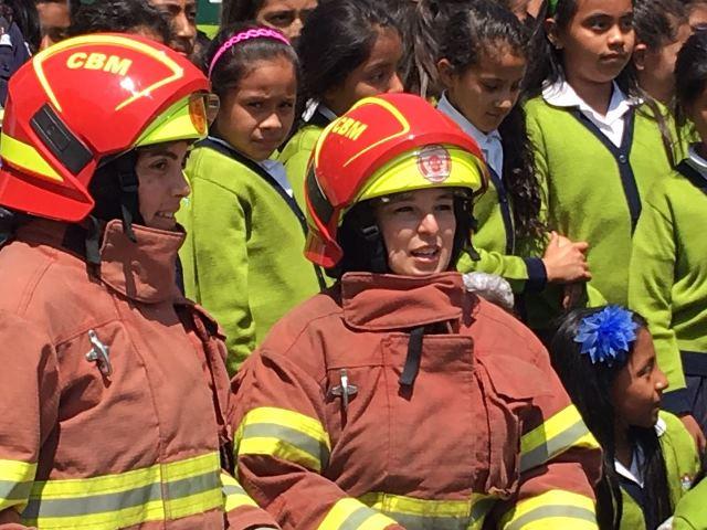 Gretel Meng, se ha desempeñado como bombera desde hace 20 años. (Foto Prensa Libre: Gretel Meng)