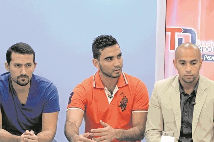 Tres de los cuatro jugadores de Antigua GFC que habían sido suspendidos. (Foto Prensa Libre: Hemeroteca PL)