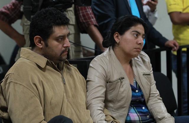 Carlos Aldana y Gabriela Fuentes, padres de Edward Alexander. (Foto Prensa Libre: Hemeroteca PL)
