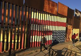 Actualmente ya existe un muro que divide a EE.UU. y México