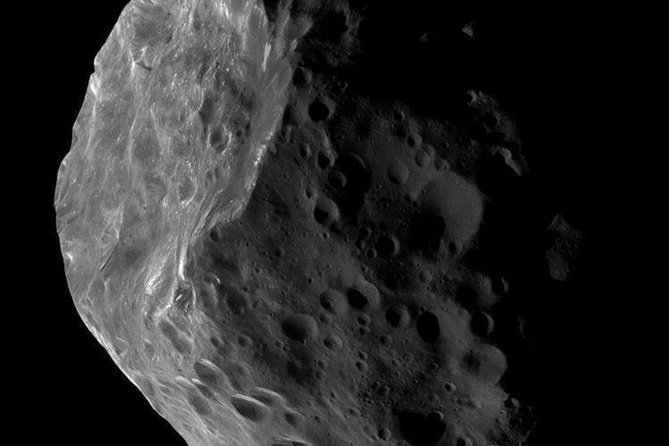 """Imagen de la Nasa que muestra lo que podría ser un centauro o cometa """"gigante"""". (Foto Prensa Libre: AFP)."""