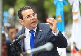 Jimmy Morales habla en público luego de conservar la inmunidad por decisión del Congreso. (Foto Prensa Libre: Esbin García)