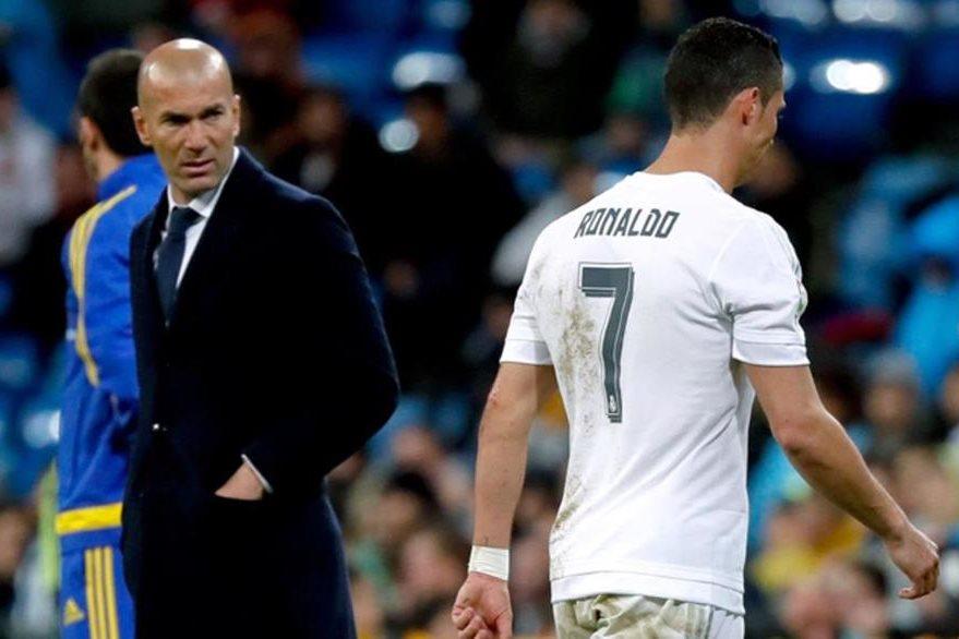 Cristiano Ronaldo salió por lesión en el partido que los merengues le ganaron al Villarreal. (Foto Prensa Libre: Hemeroteca)