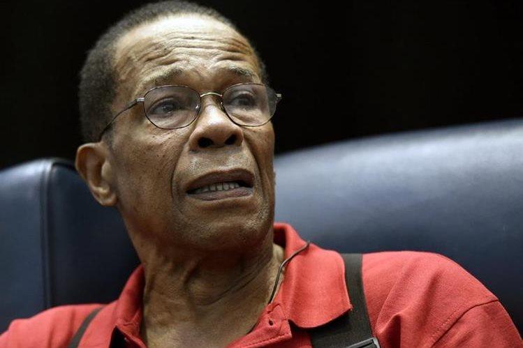 Carew lucha por su vida luego de varios problemas de salud. (Foto Prensa Libre: AP)