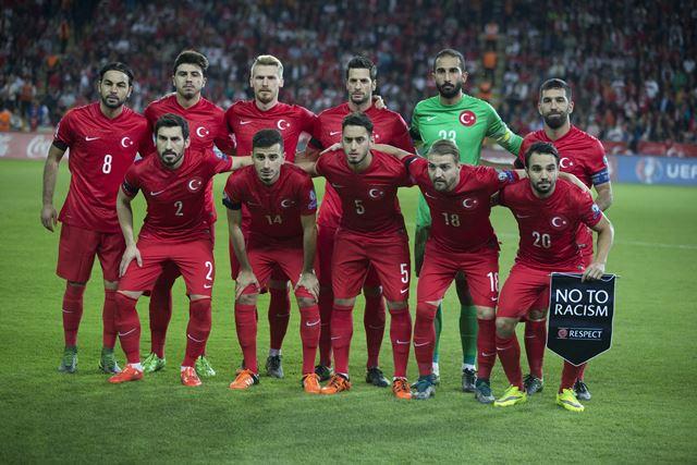 Turquía está en el listado de clasificados a la Euro 2016 (Foto Prensa Libre: EFE)