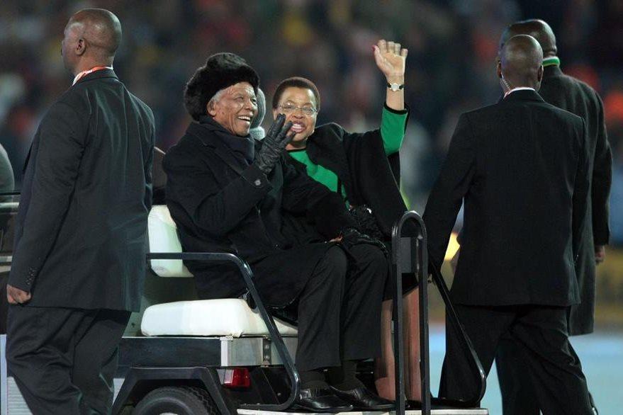Nelson Mandela en la ceremonia de clausura previa del Mundial de Fútbol Sudáfrica 2010. (Foto: Hemeroteca PL)