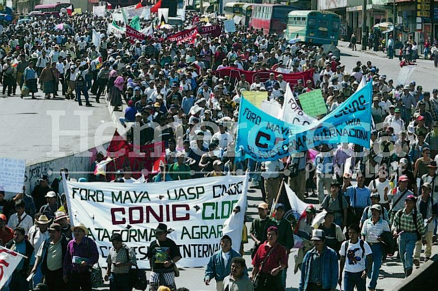 Las manifestaciones masivas y bloqueos son parte de las acciones de hecho que realiza la Conic ante la falta de atención a sus demandas. (Foto: Hemeroteca PL)