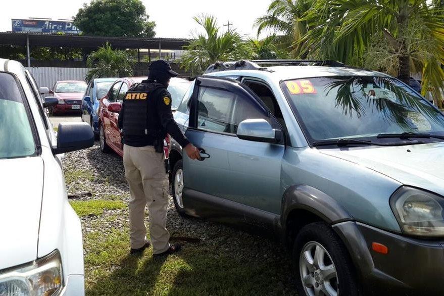 Las autoridades también decomisaron lujosos vehículos que eran utilizados por los mareros hondureños. (Foto Twitter/@MP_Honduras).