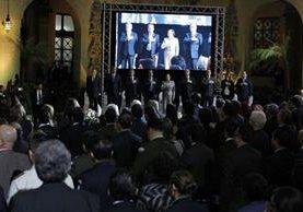 En el patio de la Paz del Palacio Nacional de la Cultura se lleva a cabo el acto de conmemoración de los 20 años de la Paz. (Foto Prensa Libre: Paulo Raquec)
