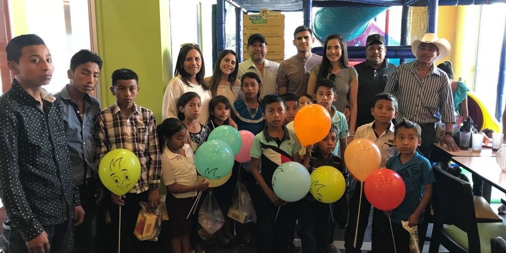 José Carlos Pinto llena de alegría el corazón de varios niños de ...