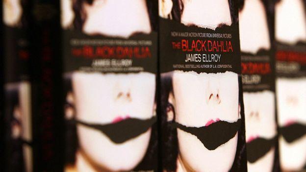 El caso de la Dalia Negra ha inspirado novelas como esta de James Ellroy. GETTY IMAGES