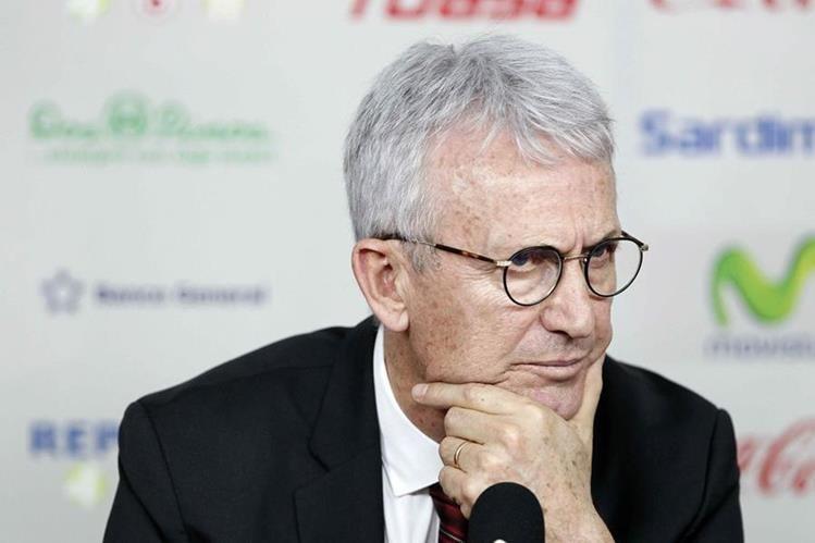 Benito Floro asumió como técnico de Liga Deportiva Alajuelense. (Foto Prensa Libre: EFE).