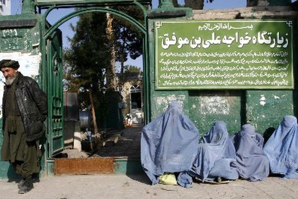 <p>En Afganistán se combina una visión muy rigurosa del Islam, que  aboca a las mujeres a un casi nulo papel decisorio.</p>