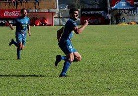 Lombardi marcó un golazo luego de una gran jugada individual. (Foto Prensa Libre: Eduardo Sam)
